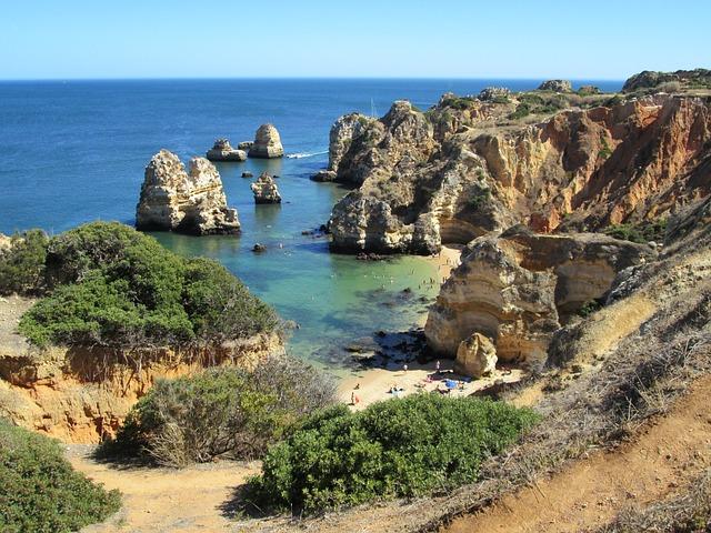 Lagos, Algarve, sur de Portugal, acantilados, océano