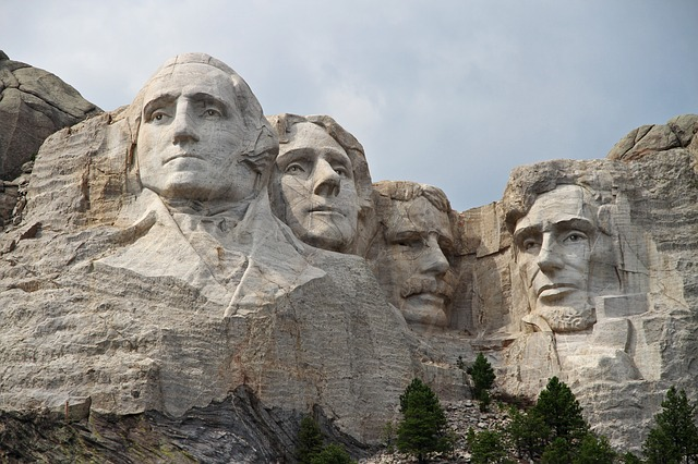 Le mont Rushmore, Dakota du Sud, gigantesques sculptures